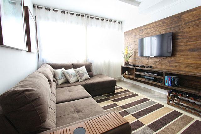 Jak odpowiednio dobrać uchwyty do telewizorów