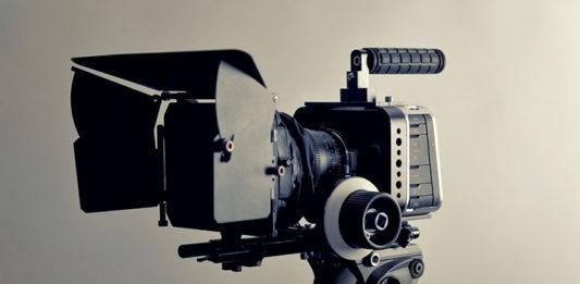 O czym pamiętać, kupując kamerę cyfrową do zadań półprofesjonalnych?