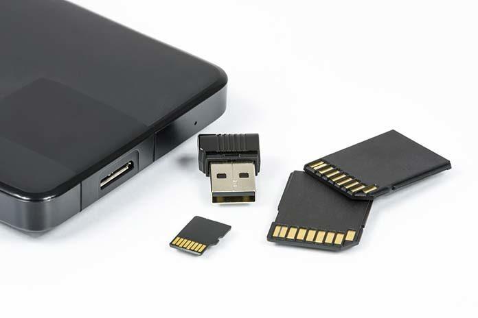 SSD a HDD – najważniejsze różnice. O czym musisz pamiętać, kupując pamięć masową